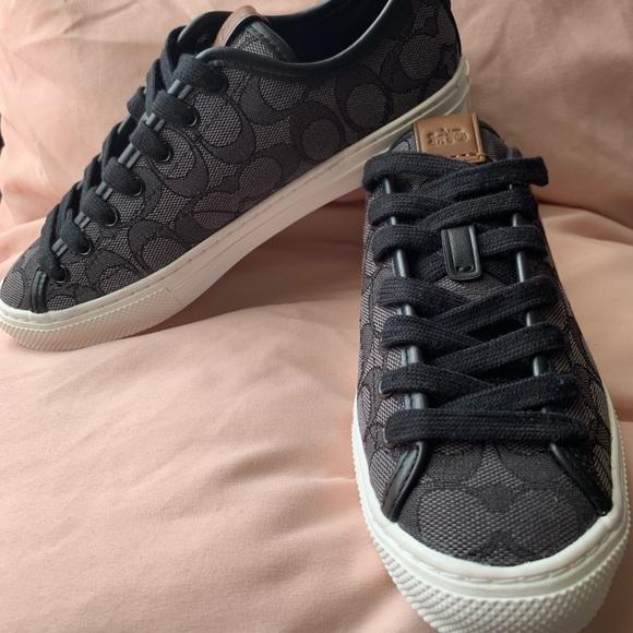 Coach Shoes | Coach Womens C21 Low Top